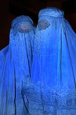 150px-Burqa_Afghanistan_01.jpg