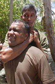 180px-Maldives25a-rear_choke.jpg