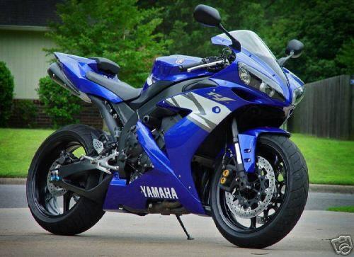 2004_Yamaha___YZF_R1.jpg