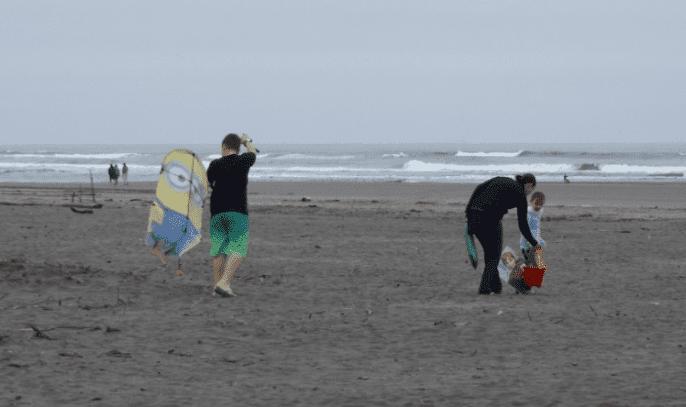 2017.05.28.kids.n.kites.at.the.ocean.png