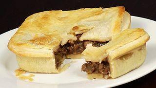 320px-Vegan_Meat_Pie_01_Pengo.jpg