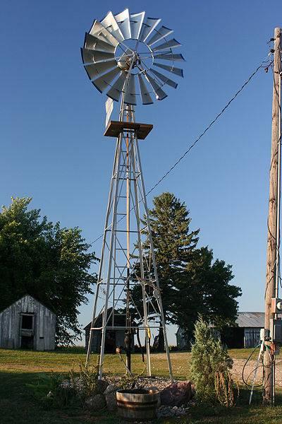 400px-Water_Pumping_Windmill.jpg