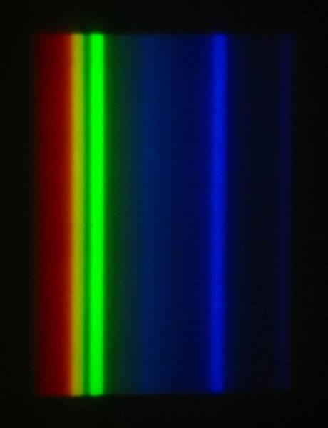 524px-Mercury-vapor_lamp_spectrum_PNr%C2%B00026.jpg