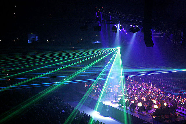 640px-Classical_spectacular_laser_effects.jpg