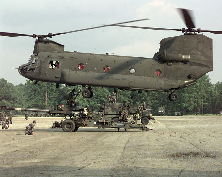 751px-CH-47_2.jpg