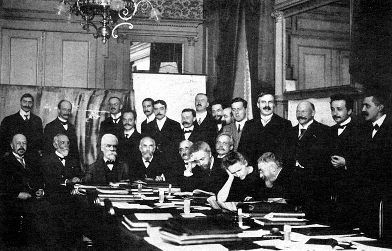 800px-1911_Solvay_conference.jpg
