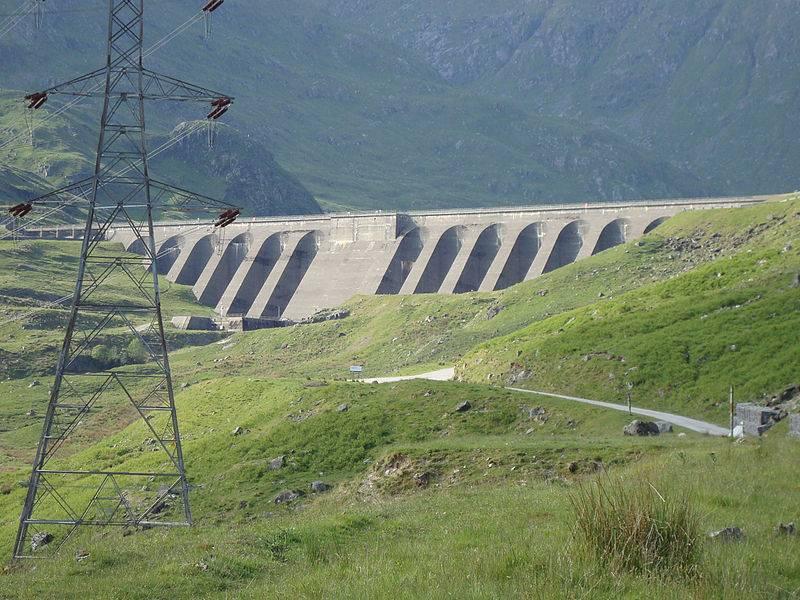 800px-Dam_at_Cruachan_reservoir.jpg
