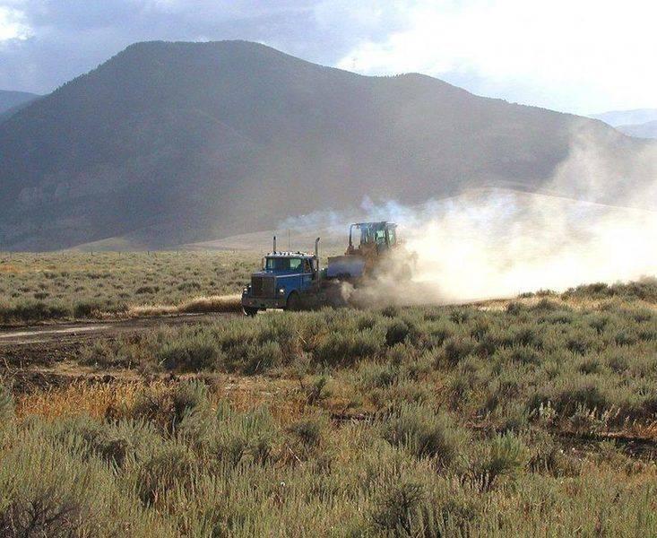 83 Owl Creek Ranch dozer 8_31_00.jpg