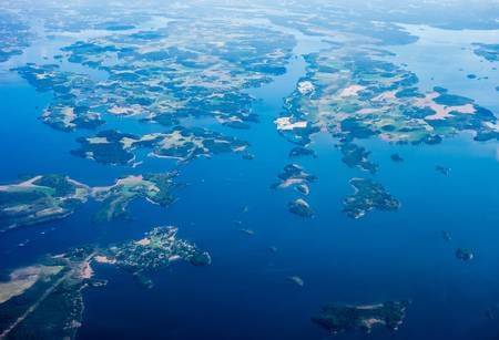 92552227-aerial-view-of-archipelago-islands-on-lake-malar-sweden-.jpg