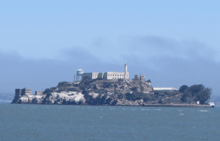 alcatraz-png.101954.png