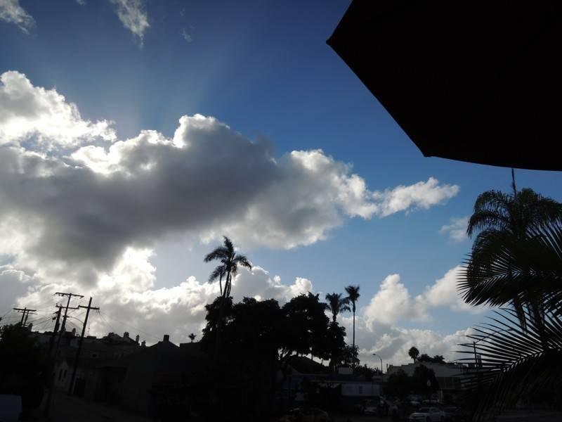 clouds_zps73121d96.jpg