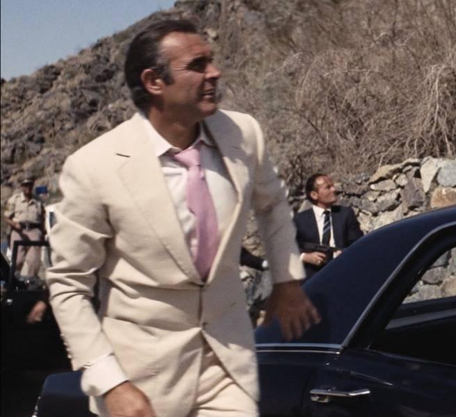 Cream-Linen-Suit.jpg
