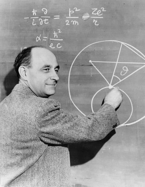 Enrico_Fermi_at_the_blackboard.jpg