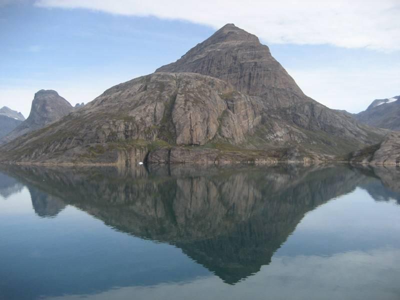 GreenlandMountain_09-11.jpg
