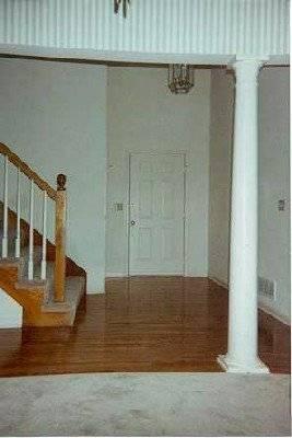 house20entryawl8.jpg