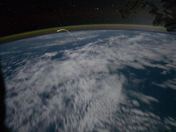 ISS_Atlantis_deorbit.jpg