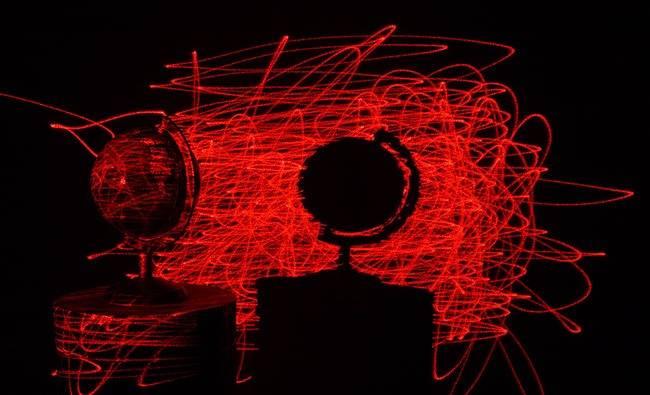 laser_globe.jpg