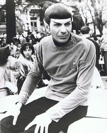 leonard-nimoy-spock-medfordjpg-5342cee058a48f17.jpg