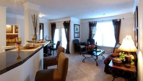 livingroom2np6.jpg