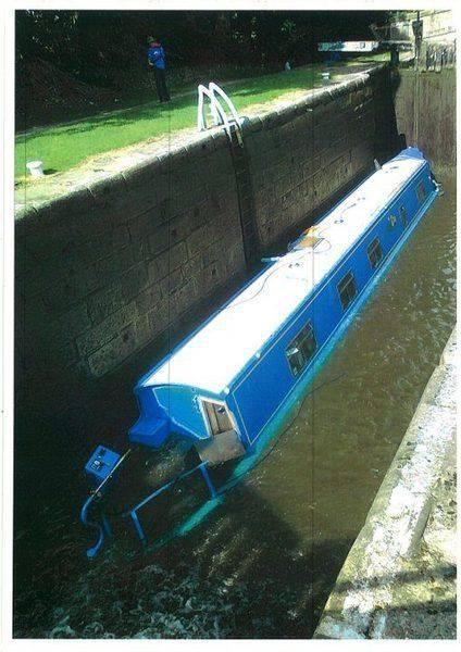 Lock with sunken boat.jpg