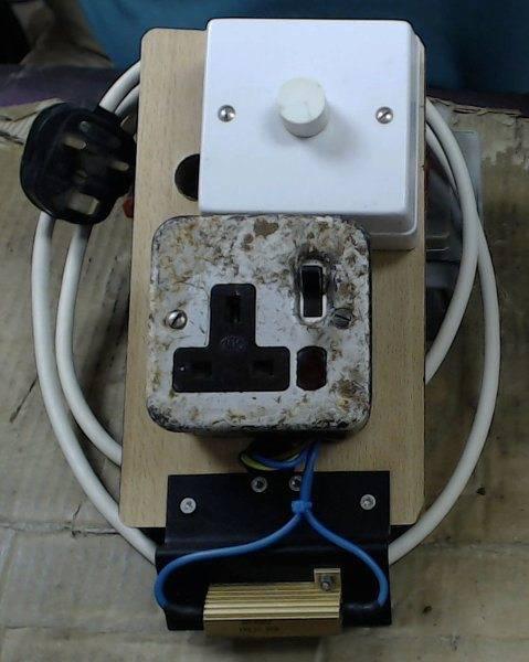 motor-control-panel-with-resistor.jpg