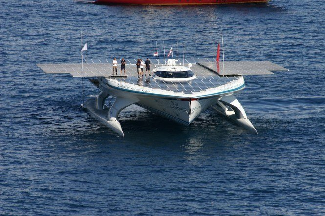 Ms-Turanor-PlanetSolar-departs-Monaco-27-September-2010-courtesy-of-PlanetSolar-665x443.jpg