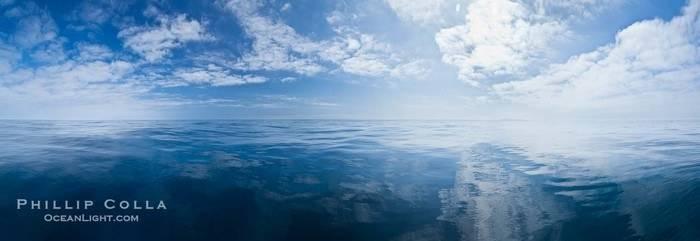pacific-ocean-surface-panorama-photo-26804-708656.jpg