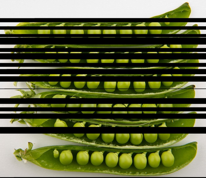Peas_in_pods_-_Studio.jpg