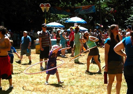 pf.ocf.2012.07.13.hippy.hoopers.jpg