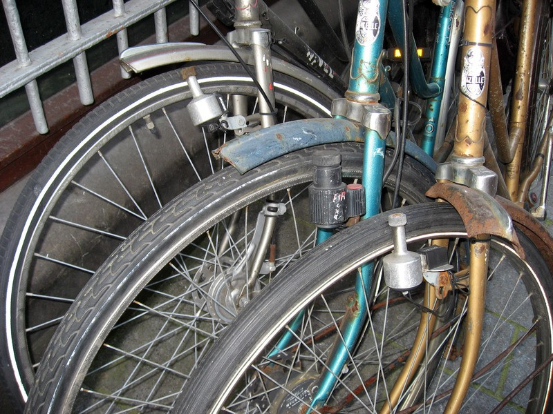 pm5b_amsterdam_bicycle_genr.jpg