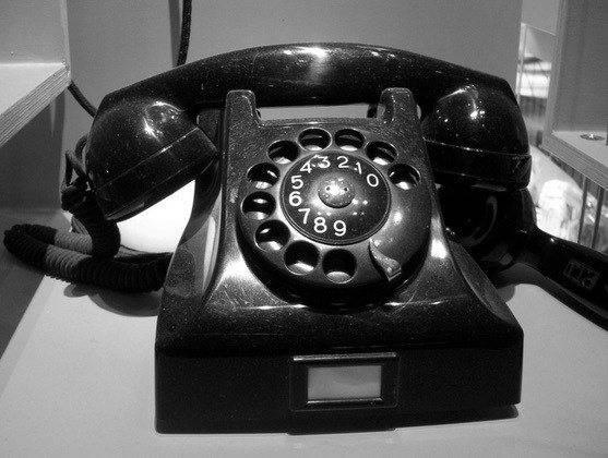 rotary.phone.jpg