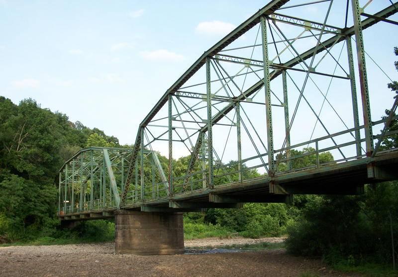 Woolsey_Bridge_oblique_view.jpg