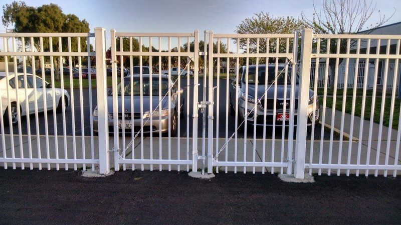 Wrongway Gate at Schilling Elementary School.jpg
