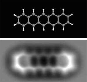 image of an atom 2